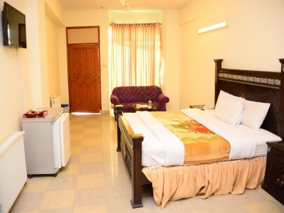 Move n Pick Murree-Deluxe Double Room