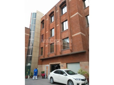 Hotel One Faisalabad - Standard Bed Room