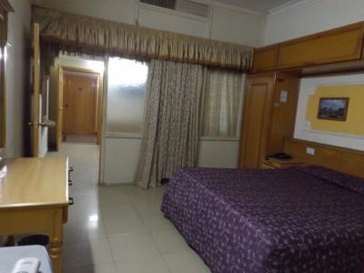 Hotel De Mall - Executive Room Suite 209