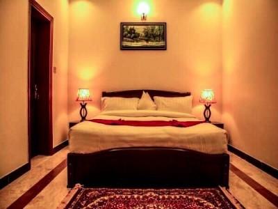 Triple One Hotel Suites - Deluxe Suite