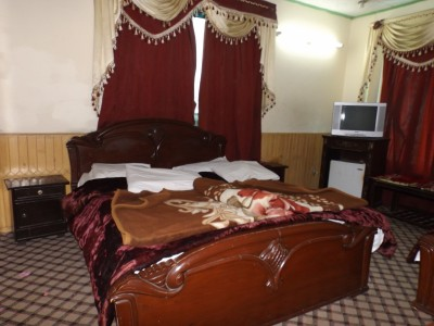 Murree View Hotel - Triple Bed Room