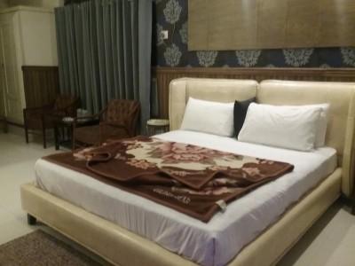 Abbott Gardens Hotel - VIP Master Bed Room