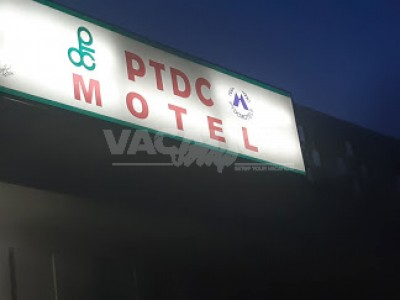 PTDC Motel Saidu Sharif Swat - Twin Bed Room