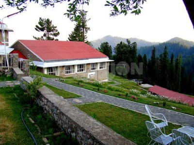 PTDC Motel Miandam Swat - Twin Bed Room