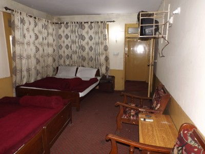 Al-Faisal Murree Hotel - Dual Double Bed Room
