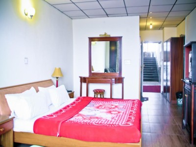 Metropole hotel-Budget Double Room