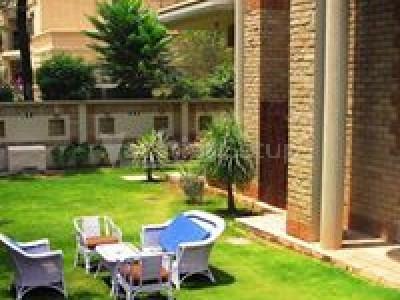 Larish Residency Islamabad - Deluxe Room
