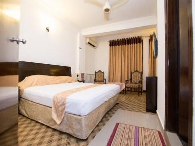 Hotel Grace Crown - Deluxe Single Room