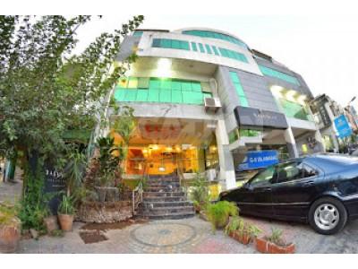 Ballagio Hotel Islamabad - Deluxe Room