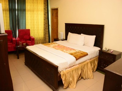 Move n Pick Murree - Deluxe Suite
