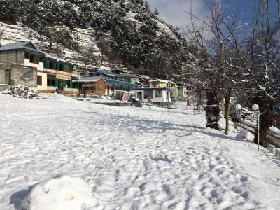 Paradise Hotel Keran Neelum Valley Kashmir - Deluxe Room