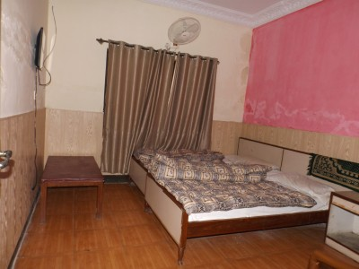 White House Hotel - Twin Bed Room