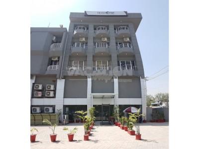 Hotel One Jinnah Islamabad - Deluxe Room